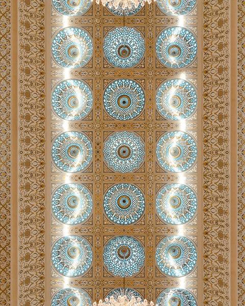 Abu Dhabi Qsar al Watan ceiling by Dancing the Earth