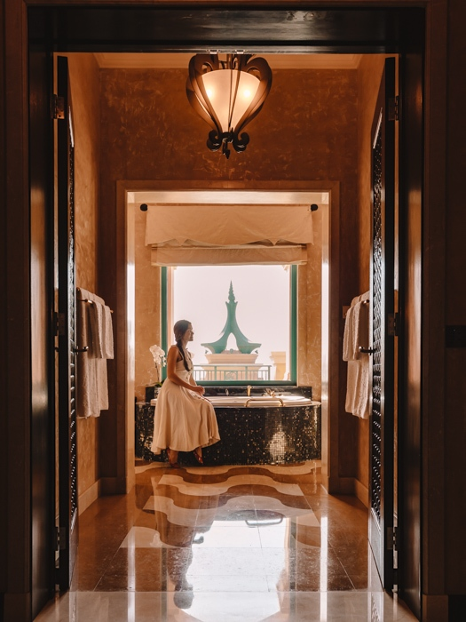 Atlantis the Palm suites bathroom by Dancing the Earth