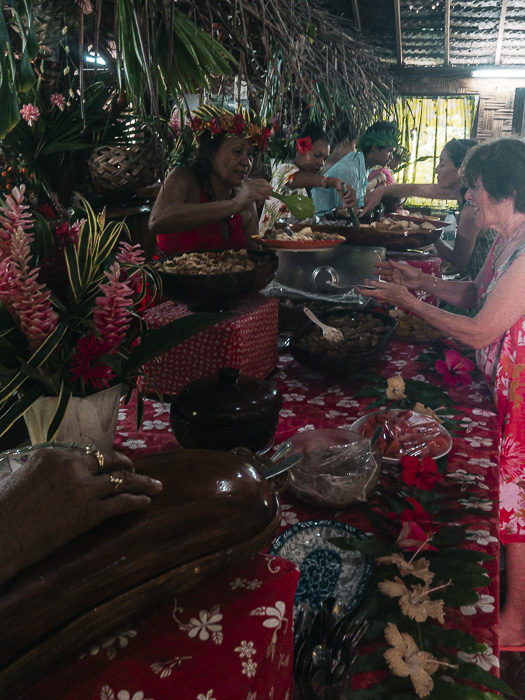 French Polynesia travel guide Huahine traditionnal Tahitian oven Chez Tara by Dancing the Earth