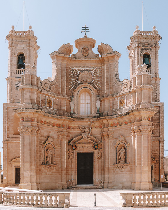 Malta travel guide Gharb church by Dancing the Earth