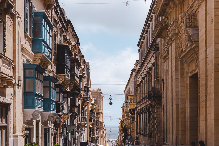 Malta travel guide Valletta balcony street by Dancing the Earth