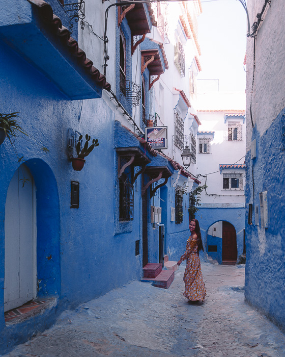 Morocco travel guide Chefchaouen blind alley by Dancing the Earth