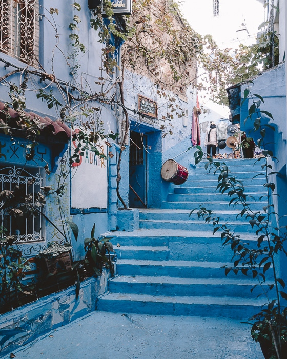 Morocco travel guide staircases in Chefchaouen by Dancing the Earth
