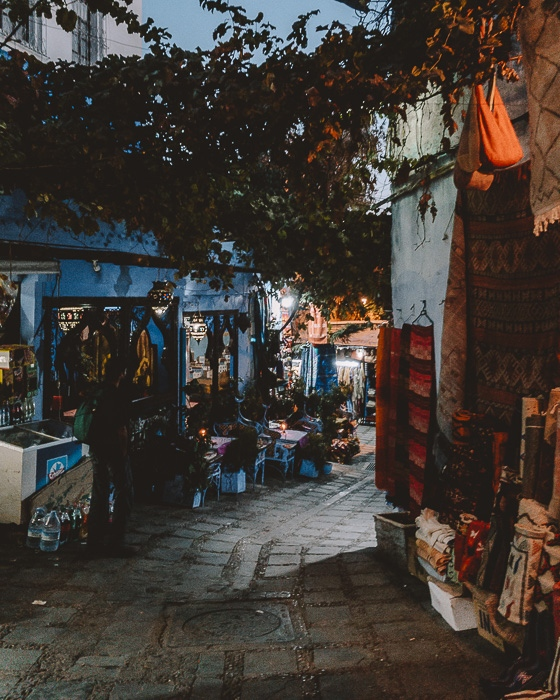 Chefchaouen medina by night by Dancing the Earth