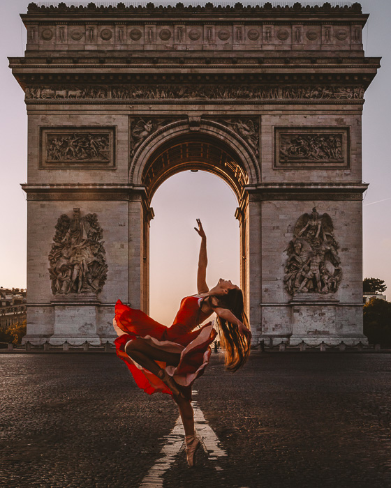 Sunrise at Arc de Triomphe by Dancing the Earth