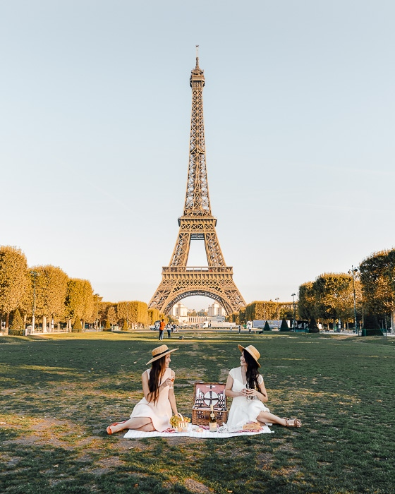 Summer picnic in Champ de Mars by Dancing the Earth