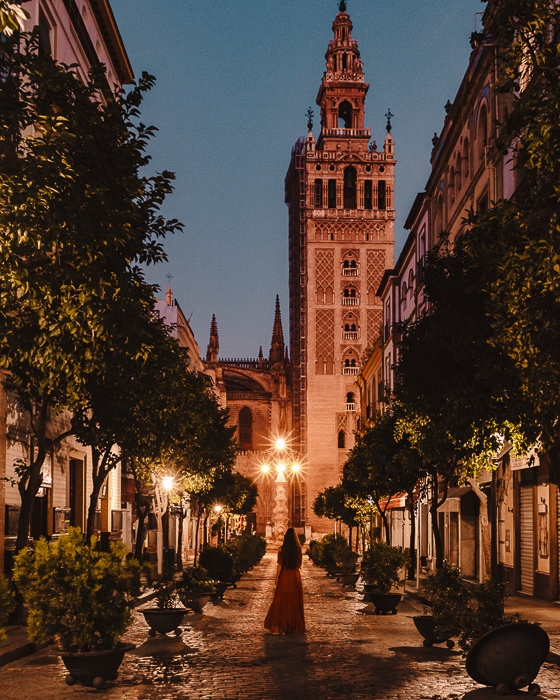 Night photo of La Giralda by Dancing the Earth