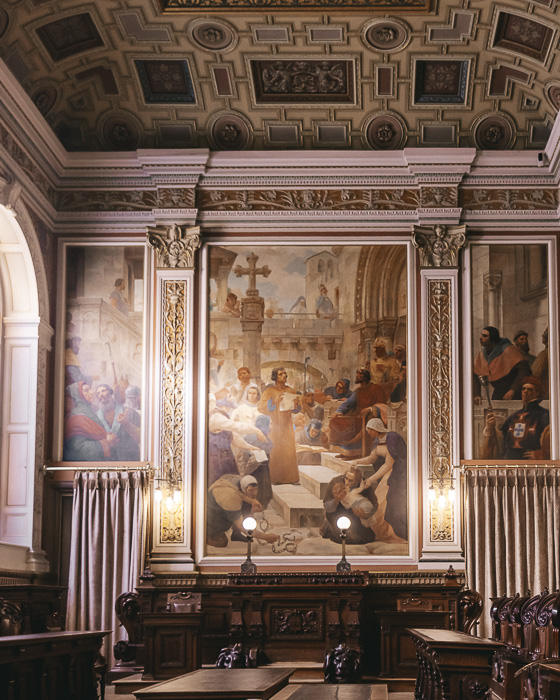 Painting in Palacio da Bolsa by Dancing the Earth