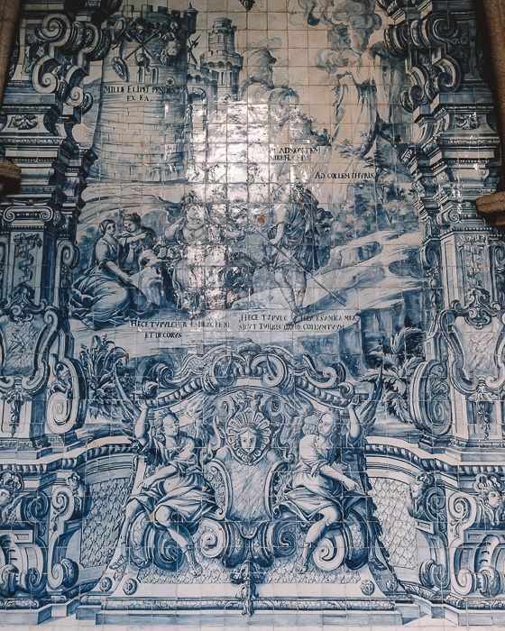 Tiles details in Se Cathedral by Dancing the Earth