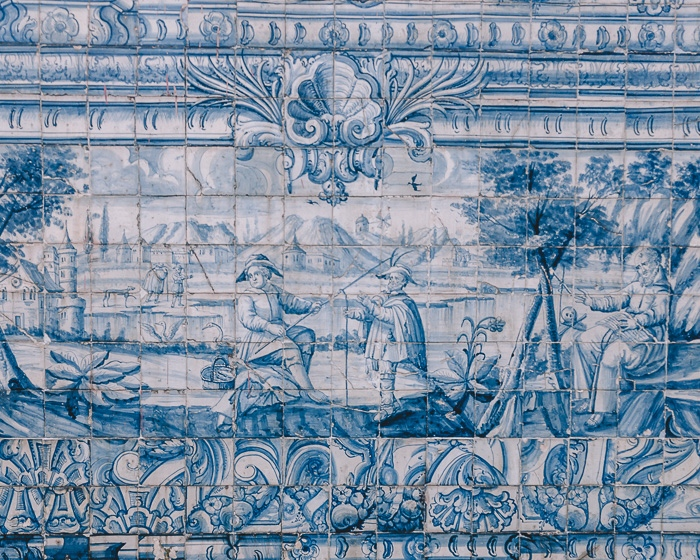 tiles at Soares dos Reis by Dancing the Earth