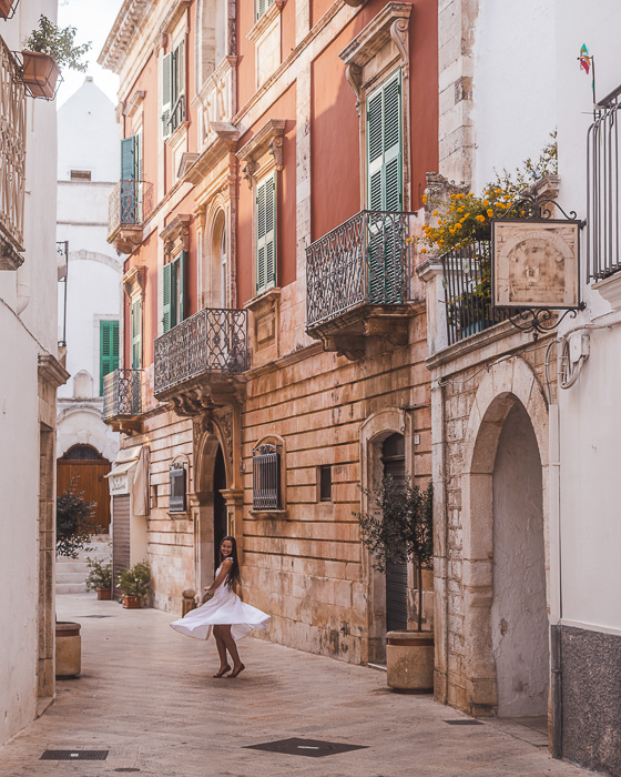 Colorful wall of Locorotondo, Puglia travel guide by Dancing the Earth
