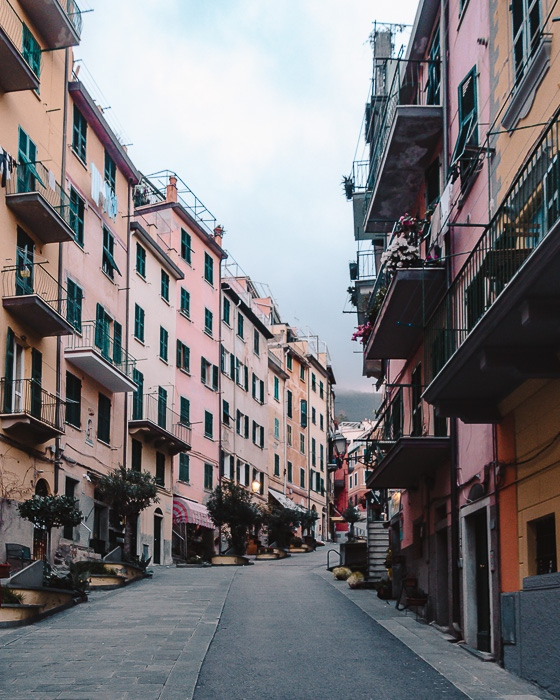Street of Manarola, Liguria and Cinque Terre travel guide by Dancing the Earth