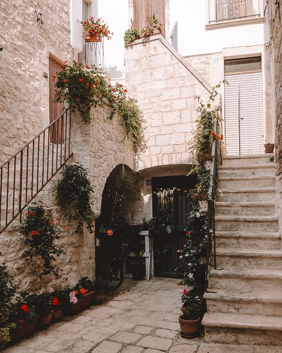 Cute corner of Cisternino, Puglia travel guide by Dancing the Earth