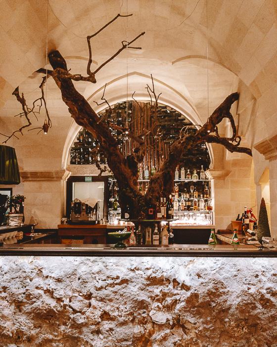 Bar area of Masseria le Lamie